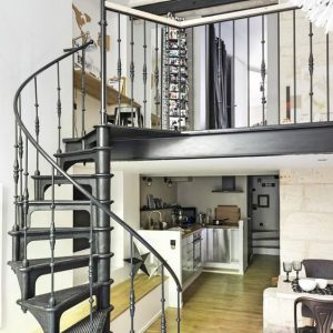Charmant ... Vintage Cast Iron Spiral Staircase