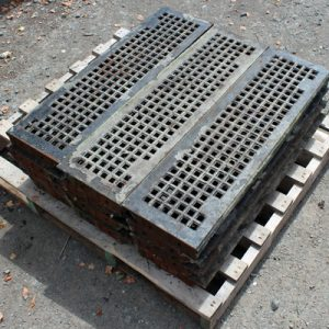 Loose cast iron industrial treads