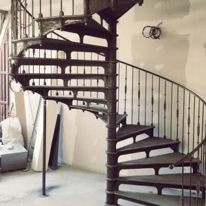 The Grand Paris, a monument of a staircase. Craftsmanship at its purest